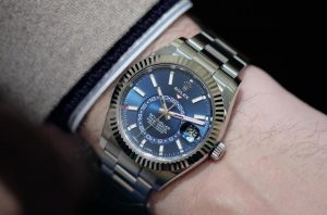 The superb replica Rolex Sky-Dweller 326934 watches are worth for men.