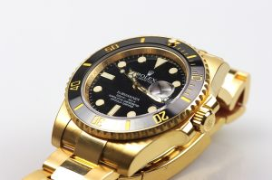 The 40 mm copy Rolex Submariner Date 116618LN watches have black dials.