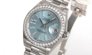 The elegant copy Rolex Lady-Datejust 28 279136RBR watches are decorated with diamonds.