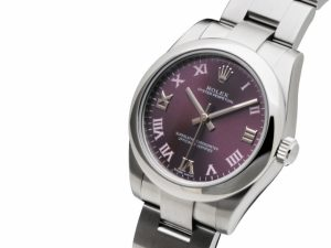 The 31 mm fake Rolex Oyster Perpetual 31 177200 watches have purple dials.