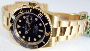 The durable replica Rolex Submariner Date 116618LN watches can guarantee water resistance to 1,000 feet.