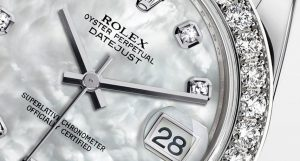 The 34 mm replica Rolex Pearlmaster 34 81299 watches have white mother-of-pearl dials.
