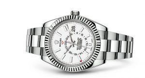The 42 mm replica Rolex Sky-Dweller 326934 watches have white dials.