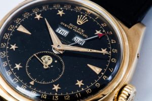 The gold copy watches have moon phases.