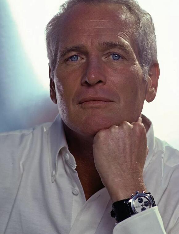 Paul Newman Daytona could be considered as one of the most popular watches now.