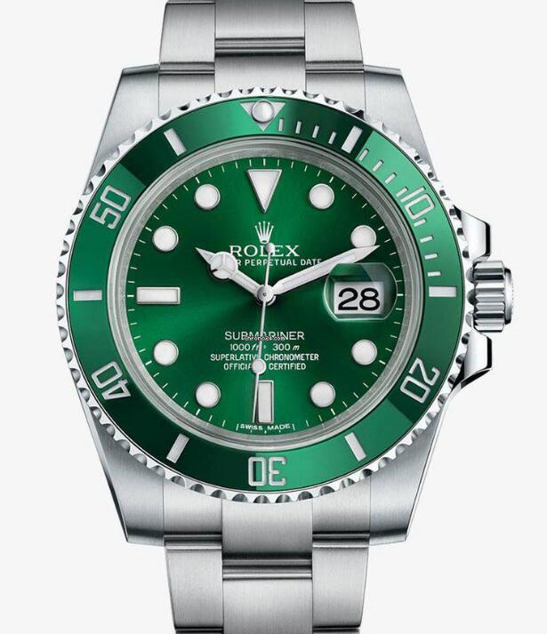 The green Submariner is the most popular diving watch now.