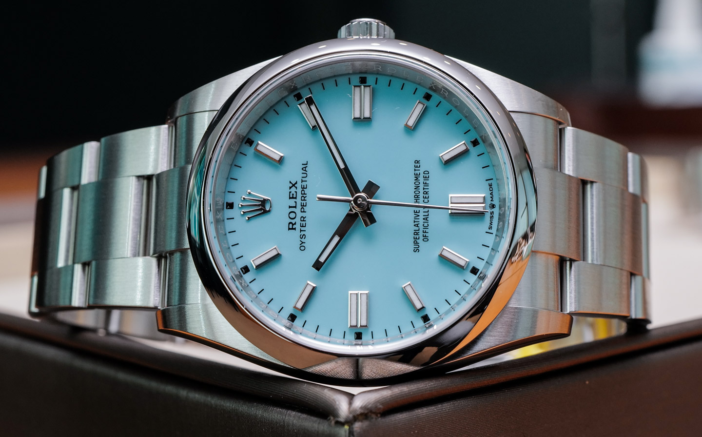 Rolex Oyster Perpetual 124300 fake watch is with high cost performance.